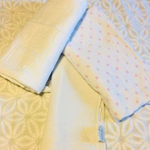 aden + anais Other - Aden and Anais muslin swaddle bundle